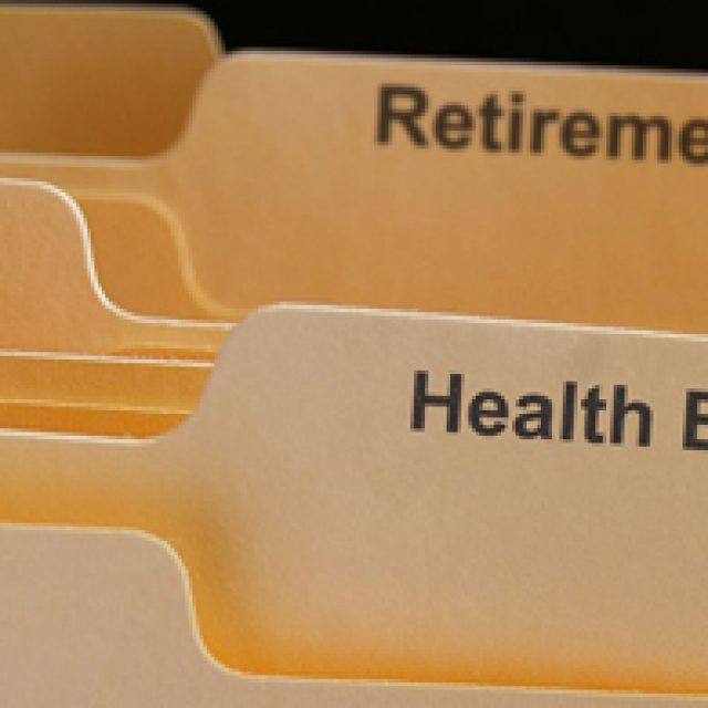 Attachment of retirement fund benefits for Maintenance